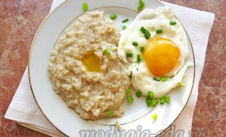Овсяная каша с яйцом