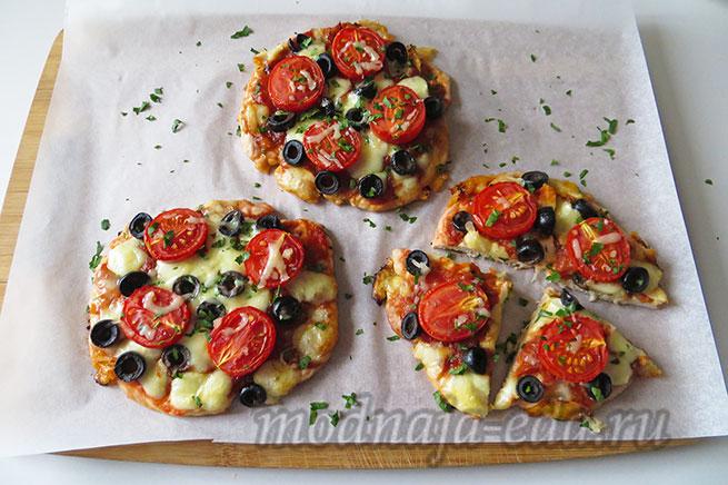 Пицца без теста испеченная