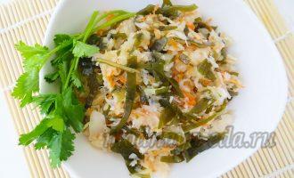 Салат с морской капустой и квашенной