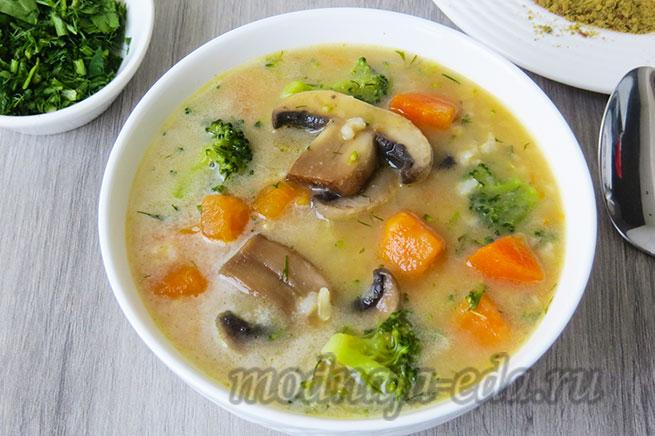 Рисовый суп с бататом и кокосовым молоком